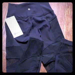🆕 NEW!! Lululemon Black Mesh 7/8 Pant 👖😍🤗🤗